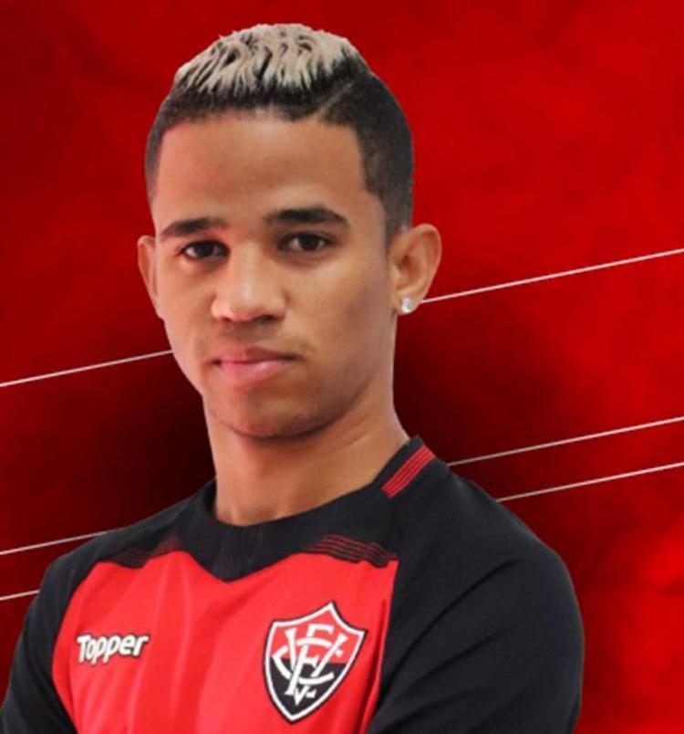 jovem atacante foi destaque do Náutico em 2017 - Foto: Reprodução   EC Vitória