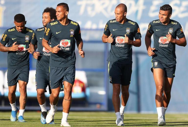 Neymar não treina com Brasil no dia seguinte à estreia na Copa