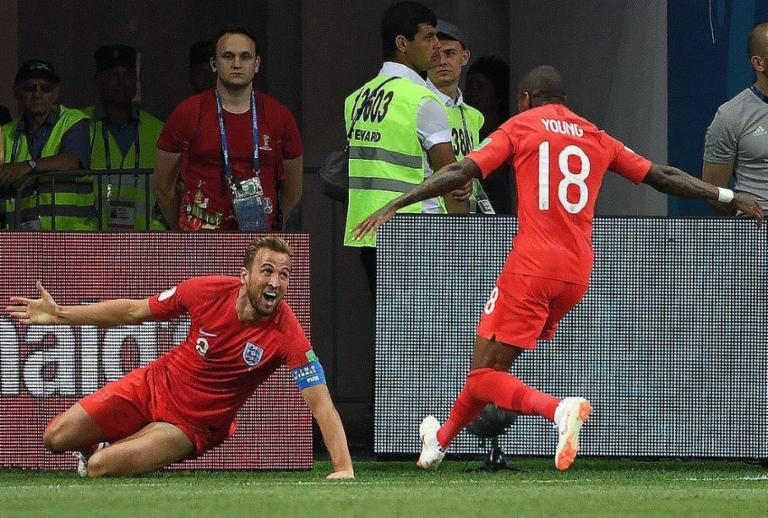 Inglaterra vence Tunísia nos acréscimos na estreia da Copa