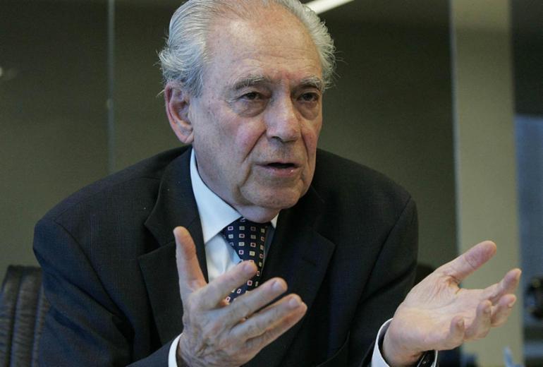 Waldir Pires, um ícone da ética num tempo de tantos corruptos | Joedson Alves | Estadão Conteúdo