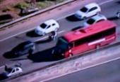 Motoristas enfrentam lentidão na BR-324 após acidente em Pirajá | Foto: Reprodução | TV Record
