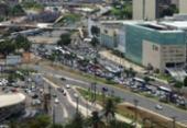 Colisão entre moto e carro deixa um ferido na avenida ACM | Foto: Reprodução | Google Maps