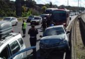 Motoristas enfrentam lentidão na BR-324 após acidente em Pirajá | Foto: Joá Souza | Ag. A TARDE