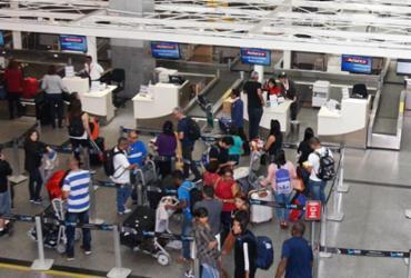 Voos são cancelados no aeroporto e gera revolta de passageiros   Luciano da Matta   Ag. A TARDE   29.06.2018