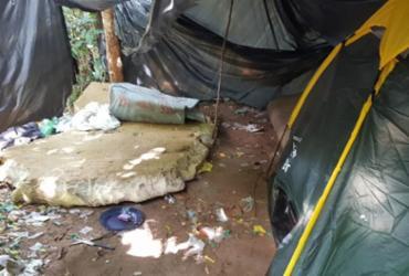 Acampamento usado por traficantes é localizado no Rio Sena   Divulgação   SSP