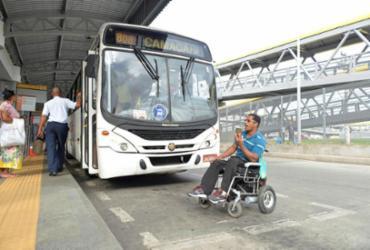 Transporte metropolitano é alvo de queixa de usuários | Shirley Stolze | Ag. A TARDE