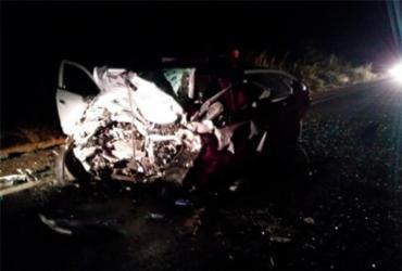 Motoristas morrem após colisão frontal entre carros na BR-030 | Site Catité Notícias | Reprodução
