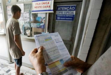 Pagamento de conta de luz nas lotéricas é fraco no 1º dia após acordo | Luciano da Matta | Ag. A TARDE