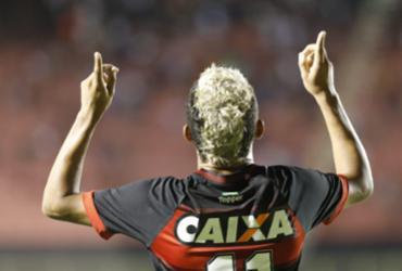 Veja imagens de Vitória x Sport pelo Brasileirão |