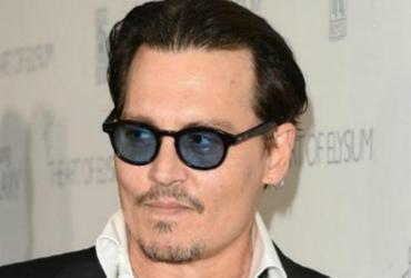 Ator Johnny Depp é processado por agredir assistente de produção | Divulgação