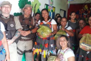 PM entrega mais de 150 quilos de alimentos não perecíveis à creche de Rio Real