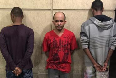 Homem é preso e adolescentes apreendidos com carro roubado | Divulgação | SSP-BA