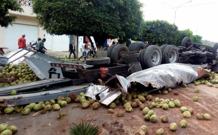 O acidente aconteceu após o veículo apresentar problemas nos freios - Foto: Reprodução | Site Agmar Rios