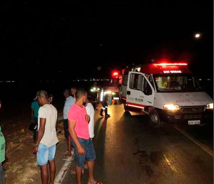 Ambulâncias foram encaminhadas mas vítimas morreram no local - Foto: Edvaldo Braga   Blog Braga