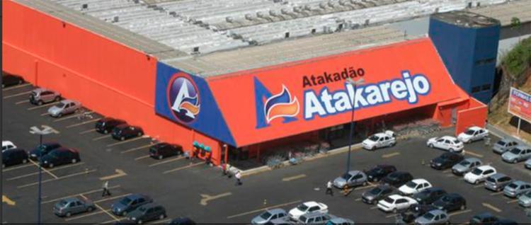 Acidente ocorreu em frente ao Atakadão Atakarejo - Foto: Reprodução
