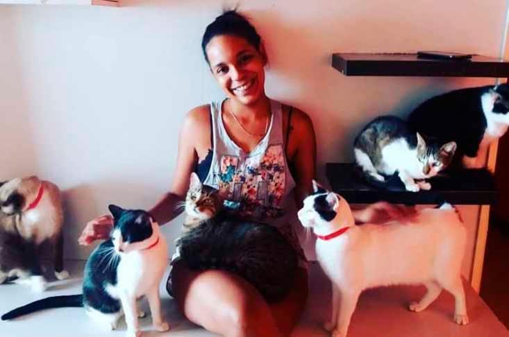 A estudante Adriana possui 31 gatos