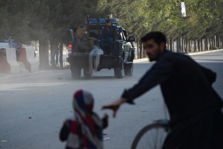 A afiliada local do grupo Estado Islâmico reivindicou a responsabilidade pelo ataque - Foto: Noorullah Shirzada | AFP