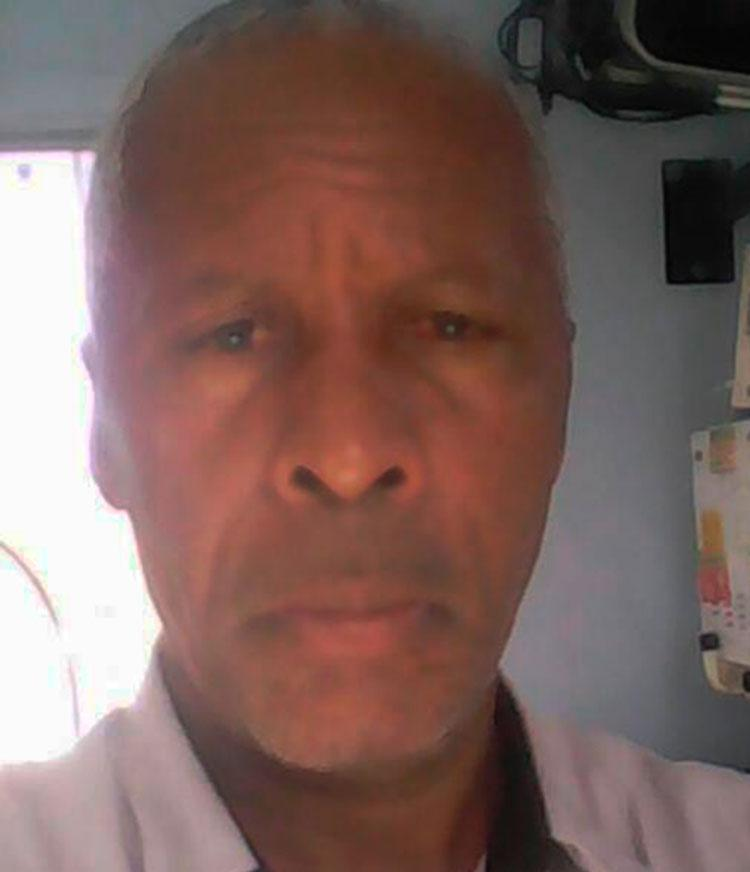 Linaldo Gonçalves estava indo para o trabalho, quando foi atingido pelo veículo