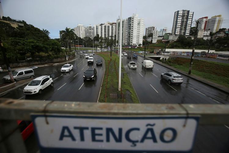 A avenida ACM acumula 4,94% dos registros - Foto: Raul Spinassé | Ag. A TARDE
