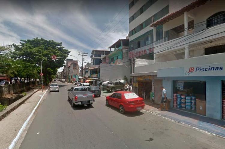 Acidente ocorreu na avenida Juracy Magalhães Jr., no Rio Vermelho - Foto: Reprodução | Google Maps