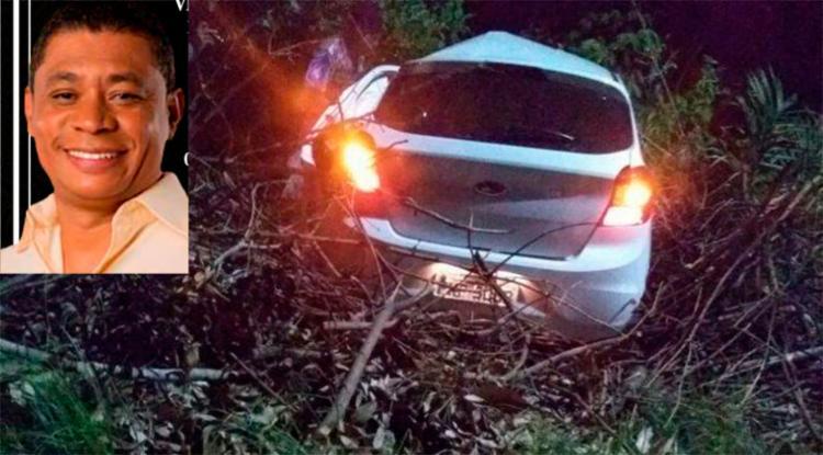 Carro teria colidido de frente com uma árvore - Foto: Divulgação