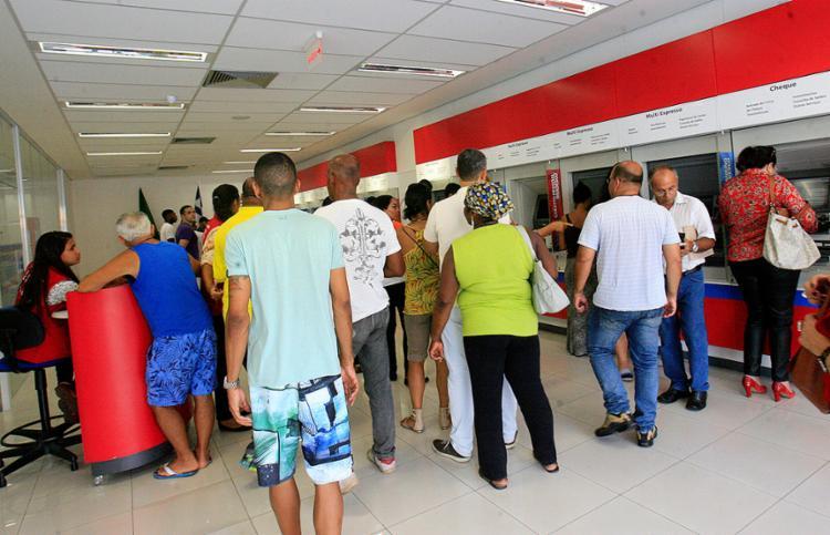 O atendimento nas agências bancárias será alterado - Foto: Margarida Neide l Ag. A TARDE l 07.10.2016