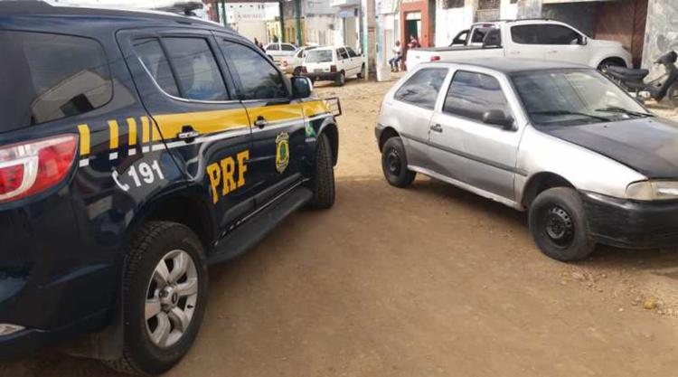 O carro havia sido clonado em 2009 - Foto: Reprodução   PRF