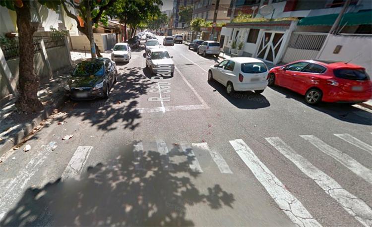 Agentes da Transalvador estão na rua São Paulo, na Pituba - Foto: Reprodução | Google Maps