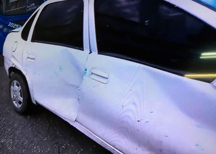 Acidente causou prejuízos materiais aos proprietários dos veículos