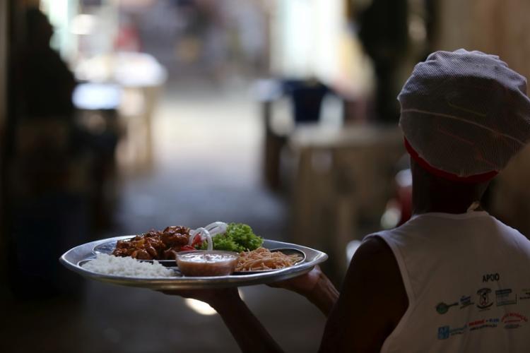 Os ensopados estão entre os pratos mais pedidos na Feira - Foto: Foto: Adilton Venegeroles / Ag. A TARDE