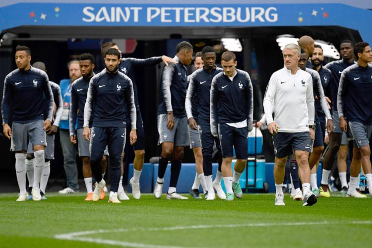 Os Bleus buscam avançar a mais uma decisão do Mundial - Foto: Christopher Simon | AFP