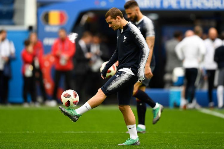 Liderada por Antoine Griezmann, os Bleus buscarão a vaga na final contra Bélgica nesta terça-feira, 10 - Foto: Gabriel Bouys | AFP