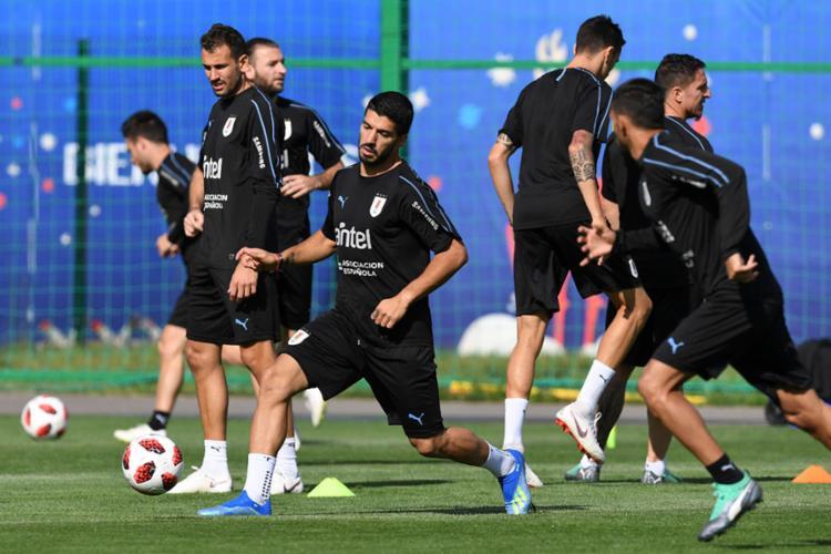 Com Suárez inspirado, Uruguai tentará garantir a vaga na semifinal - Foto: Martin Bernetti   AFP