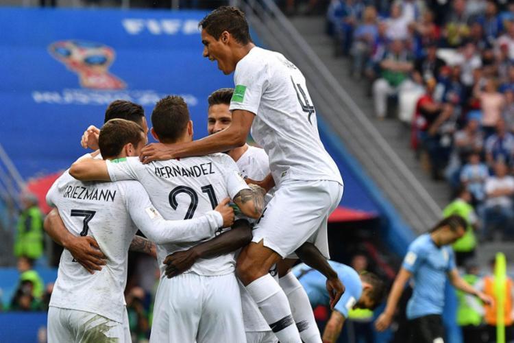Franceses comemoram conquista contra o Uruguai nesta sexta-feira - Foto: AFP