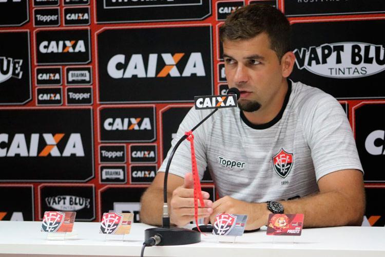 Atacante diz que o clássico deve ficar em segundo plano, pois o jogo com o Paraná é o mais próximo - Foto: Mauricia da Matta | EC Vitória