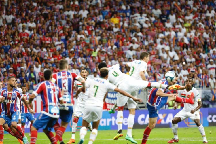 Bahia não pareceu ter se empolgado muito e iniciou o jogo em marcha lenta - Foto: Margarida Neide   Ag. A TARDE