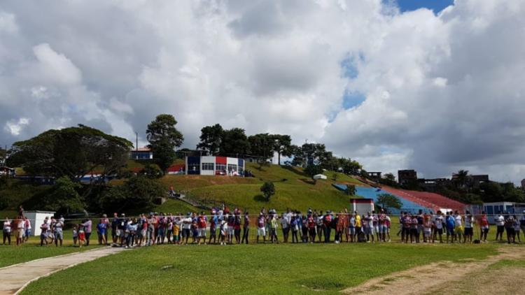 Sócios-torcedores aniversariantes dos meses de junho, julho e agosto assistiram ao treino - Foto: Felipe Oliveira | Divulgação | E. C. Bahia