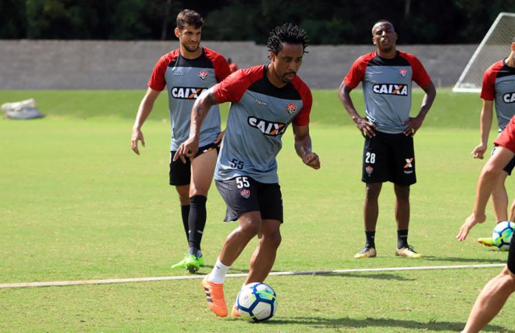 Arouca foi campeão da Copa do Brasil duas vezes, pelo Santos e pelo Palmeiras - Foto: Maurícia da Matta | EC Vitória