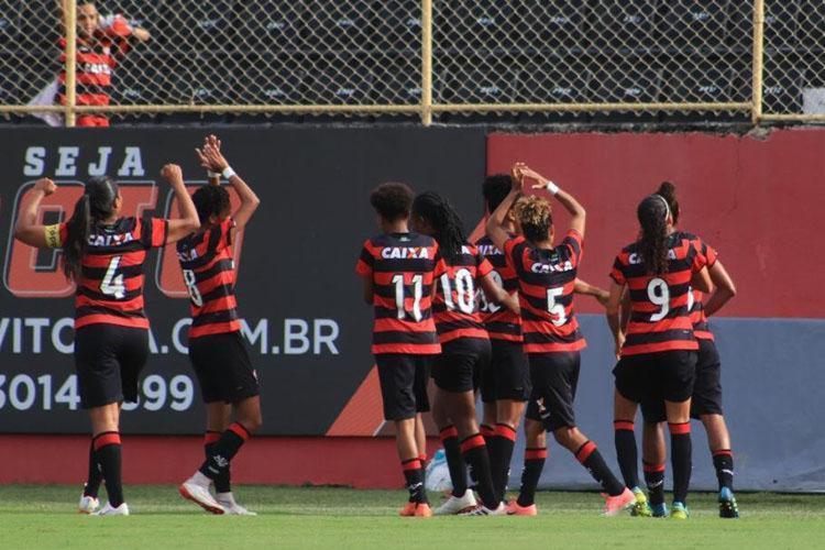 Jogadoras do Rubro-Negro buscaram empate na garra e seguem na busca pelo título - Foto: Maurícia da Matta | EC Vitória