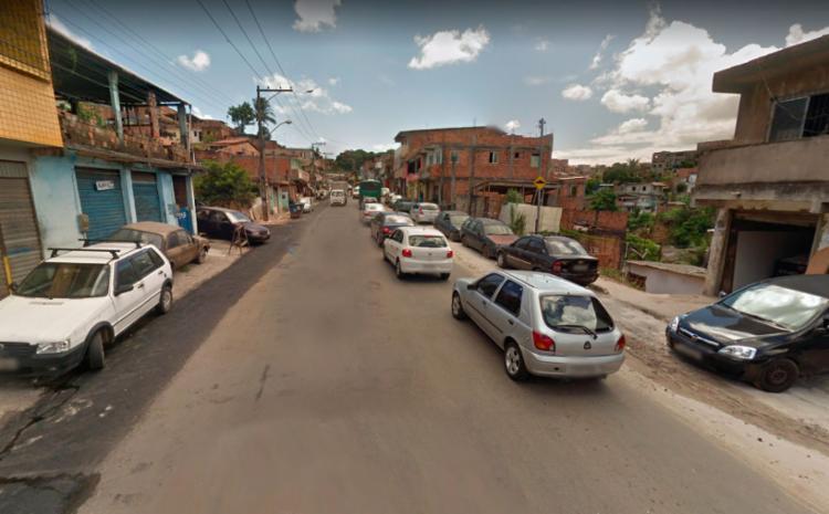 Trânsito segue lento na via mesmo após retirada dos veículos - Foto: Reprodução   Google Street View