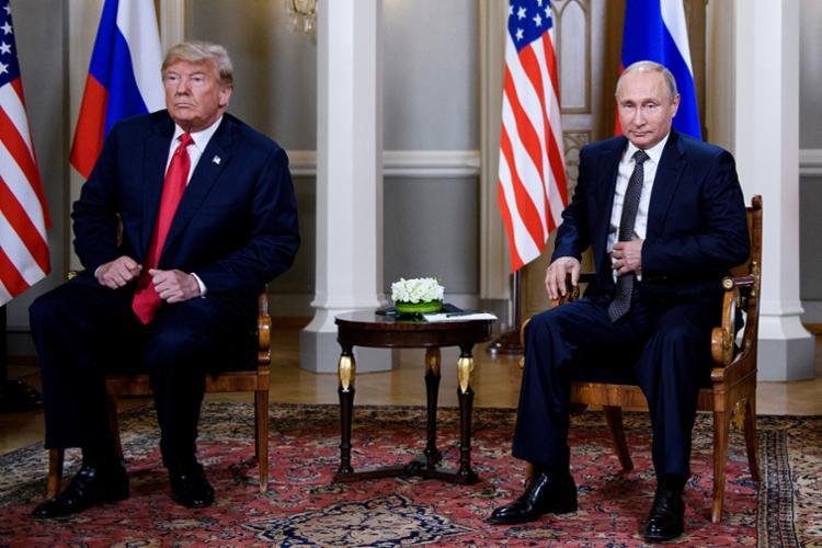 Presidentes dos EUA e da Rússia se reuniram nesta segunda, na Finlândia - Foto: Brendan Smialowski | AFP