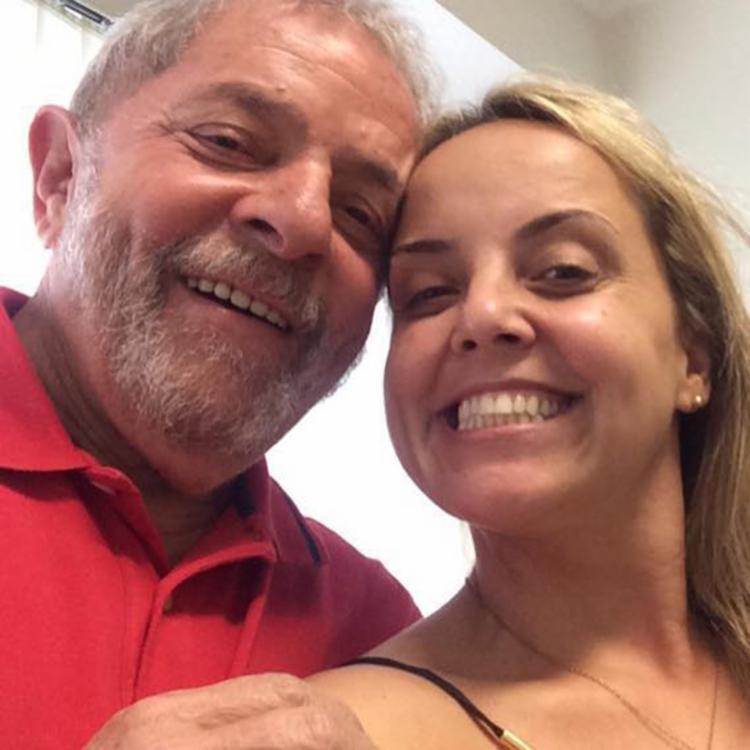 A filha de Lula (na imagem) não parece fisicamente com a mulher que aparece em vídeo - Foto: Reprodução   Facebook