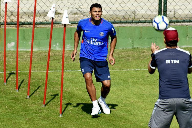 Thiago treinou com uniforme do PSG - Foto: Mailson Santana | Fluminense