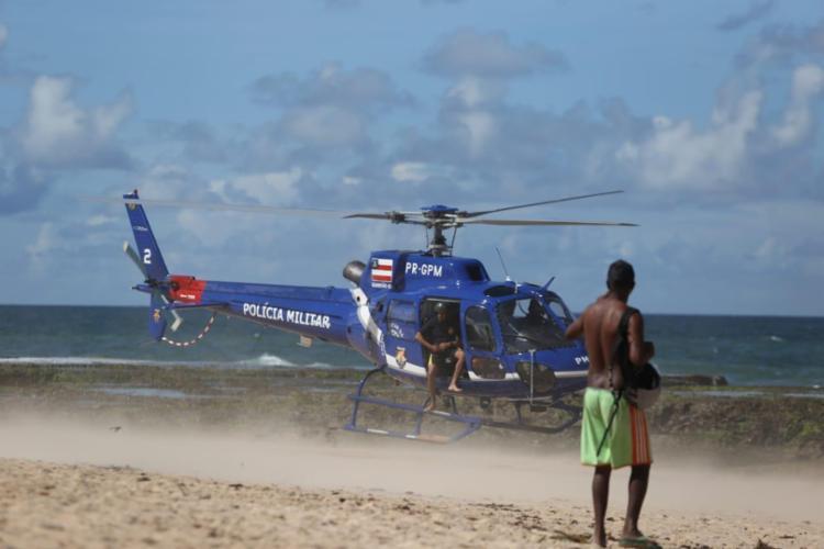 Polícia Militar iniciou as buscas ainda na quarta, com o auxílio de um helicóptero - Foto: Raul Spinassé | Ag. A TARDE