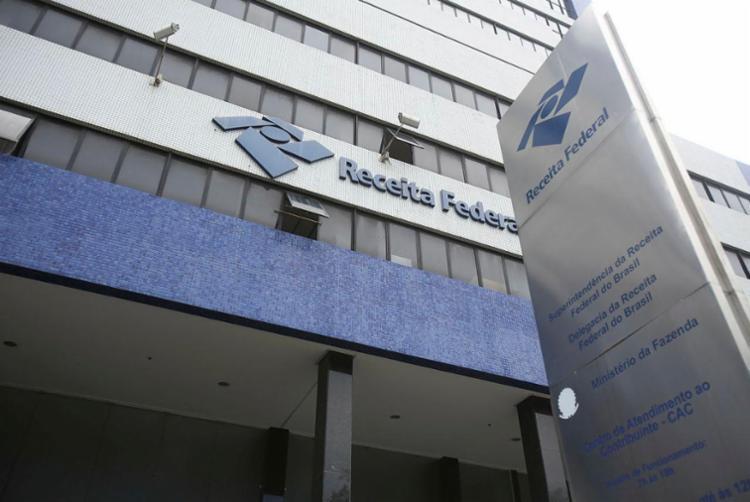 Na Bahia, Receita Federal vai pagar R$ 116.939.866,01 para 84.713 constribuintes - Foto: Joá Souza | Ag. A TARDE