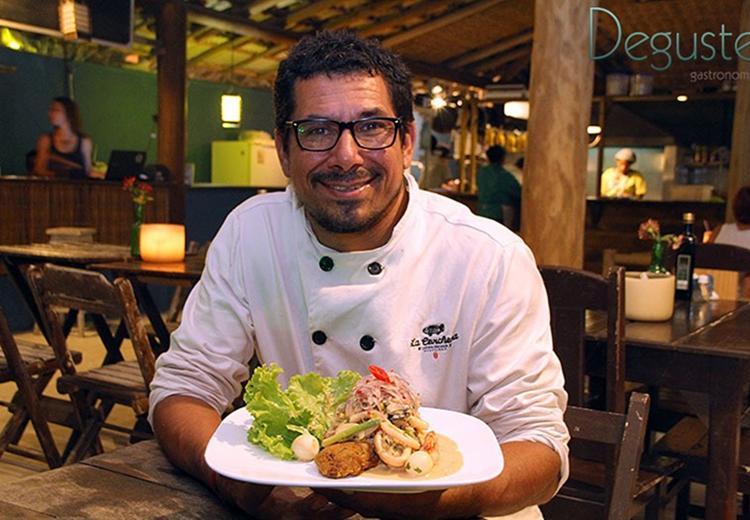 O chef Brict Perez apresentará receitas como Lomo saltado; Arroz chaufa; Planchas de polvo; Sudado de peixe; Pisco sour; e Chilcanos - Foto: Divulgação