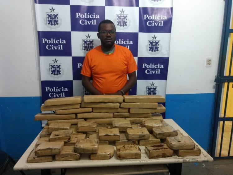 Fernando da Silva iria levar a droga para o bairro de Valéria, em Salvador - Foto: Divulgação | SSP-BA