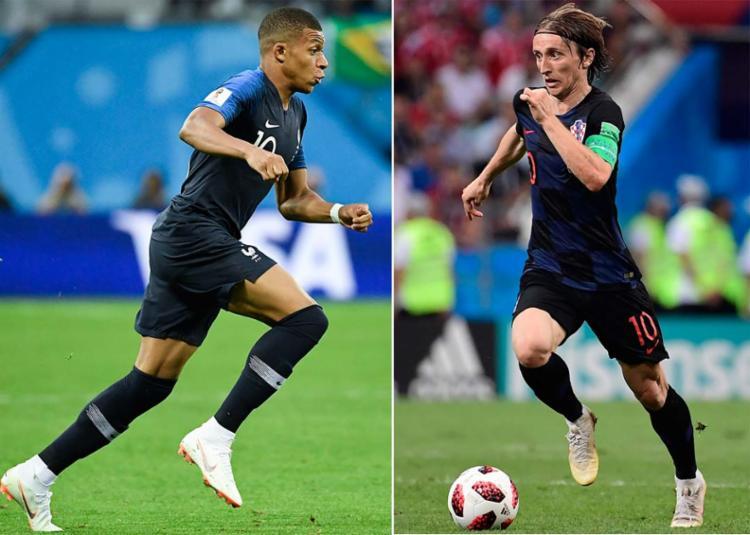 O francês Mbappé e o croata Modric são os dois grandes nomes da final da Copa - Foto: AFP