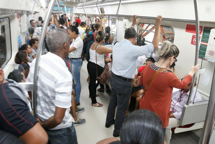Quantidade de passageiros do modal vem aumentando com a adesão de pessoas que possuem carros e motos - Foto: Luciano da Matta   Ag. A TARDE