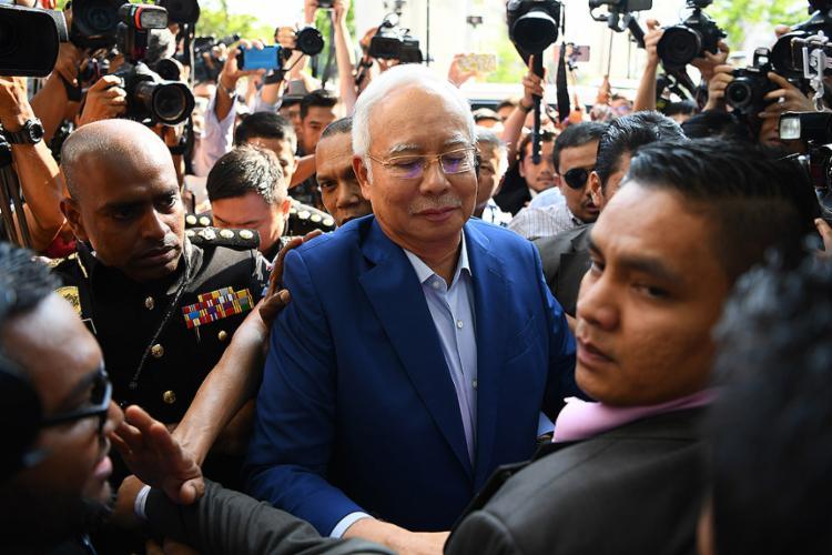 Ex-primeiro-ministro da Malásia teve fiança estabelecida em US$ 250 mil - Foto: Manan Vatsyayana l AFP